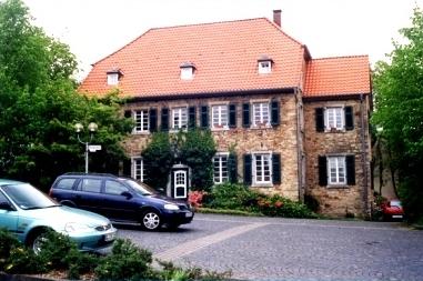 Freimaurer - Loge Matteo Alberti zu Bensberg - Eingang Logenhaus